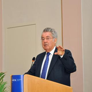 Heinz Fischer, former Federal President of Austria and Co-chair of the Centre at IACA and Ban Ki-moon Centre Colloquium on Anti-Corruption and Global Citizenship